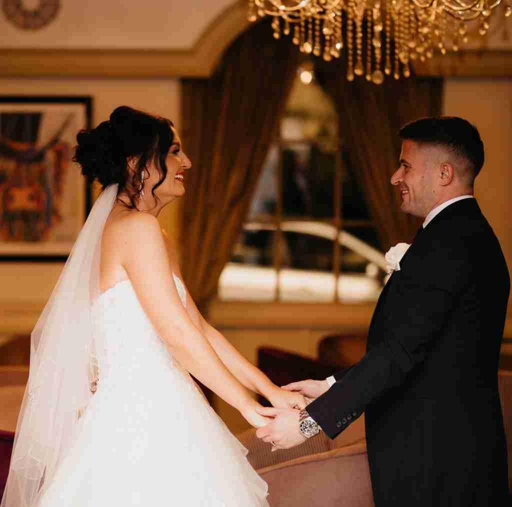 Winter wedding at Van Dykes